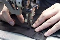 貼り合わせ、縫製
